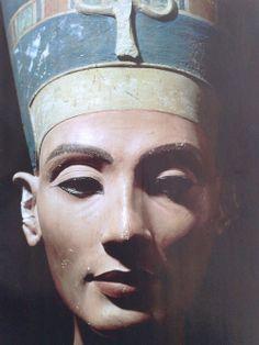 Nefertiti - perfect beauty?