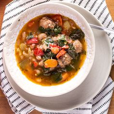 Sausage, Kale and White Bean Soup | www.kiwiandbean.com