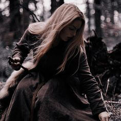 Queen Aesthetic, Princess Aesthetic, Book Aesthetic, Character Aesthetic, Aesthetic Pictures, Fantasy Books, Fantasy World, Fantasy Characters, Fictional Characters