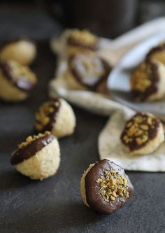 These chocolate dipped orange macaroons are the perfect little holiday treat! They're gluten free and paleo as well!