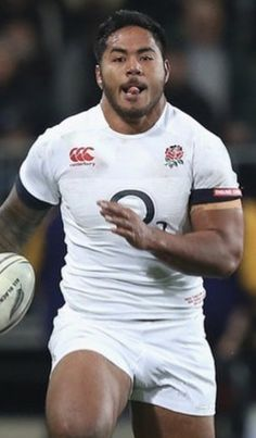Manu Tuilagi, Gorgeous Black Men, Rugby Men, Muscle Bear, Rugby Players, Sports Figures, Men In Uniform, Male Physique, Glutes