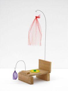 B. Wurtz Untitled, wood, wire, produce nets, plastic lid, bottle cap, 71 x 47 x 25 cm, 2007- 2008
