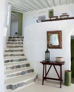 △☆idb home interior Casa rústica en Mykonos Greek Decor, Interior And Exterior, Interior Design, Room Interior, Rustic Chic, Rustic Style, Bohemian Style, My Dream Home, Living Spaces