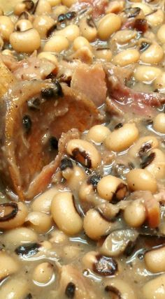 South Your Mouth: Southern Style Black-Eyed Peas! With Smoked Ham Hocks.