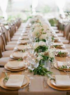 weekend wedding: golden glamour for the new year- Shell and Chinoiserie. Green and white