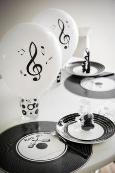 note musique pince fete ceremonie decoration theme table invite mariage pinterest. Black Bedroom Furniture Sets. Home Design Ideas