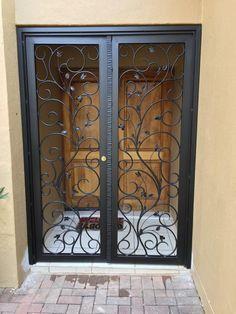 Entrance Gates, House Entrance, Entry Doors, Gate Decoration, House Gate Design, Security Gates, Iron Staircase, Door Gate, Main Door