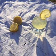 lemon, aesthetic, and drink image Summer Aesthetic, Blue Aesthetic, Doja Cat, Oui Oui, Northern Italy, Mellow Yellow, Summer Vibes, Still Life, Life Is Good