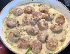 Pasta with meatballs in a mushroom and leek sauce - bolerioza - Makaron Potato Salad, Stuffed Mushrooms, Food And Drink, Pork, Meals, Dinner, Ethnic Recipes, Blog, Mushroom Pasta