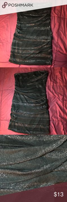 Black Sparkly Dress Gently worn Good condition Dresses