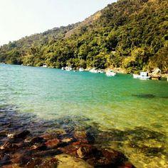 Praia de Paraty Mirim tirada por @pdeuses