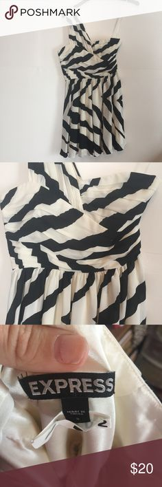 Express One Shoulder Dress Worn once to a wedding then drycleaned. Super flattering!! Ivory and black stripes. Express Dresses One Shoulder