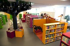 - These also seem very doable–the arrangement of the shelves creat.- These also seem very doable–the arrangement of the shelves creates the caves. School Library Design, Kids Library, Dream Library, Elementary Library, Library Lessons, Classroom Design, Library Ideas, Library Shelves, Library Organization