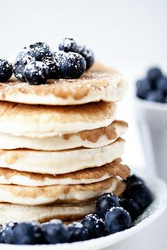 blueberry pancakes- with multigrain fibrous mix + sweet antioxidant blueberries= the perfect combination for a sweet healthy packed-with-energy-and-color breakfast!!!