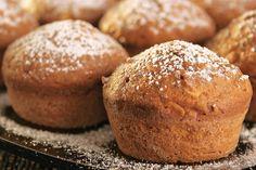 Slatkoća rogača čini da je odlična zamena za kakao ali i za kafu. Osim što ga možete koristiti kao zamenu za čokoladu u receptima za kolače, s mlevenim rogačem možete napraviti i štrudle nalik onima sa orahom.