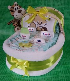Baby Shower Gifts ♥ ★ Sweet diaper bed with bear in yellow / green ★ ♥ Baby Shower Diapers, Baby Boy Shower, Baby Shower Gifts, Baby Gifts, Fluffy Blankets, Baby Boy Blankets, Baby Shawer, Baby Love, Diaper Carriage