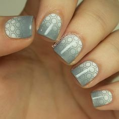 The Nailasaurus: Hunger Games: Catching Fire Inspired Nail Art