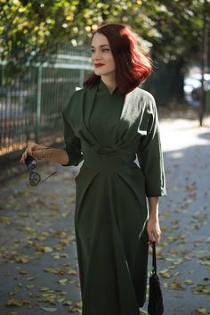 military green dress2 Vintage Outfits, Vintage Fashion, Women's Fashion, Fashion Outfits, Military Green, Dream Dress, Beauty Skin, Marc Jacobs, Jewerly