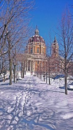 Superga foto di Fabrizio Palma by Francesco -Welcome and enjoy- frbrun Piedmont Region, Start Of Winter, Turin Italy, Art Nouveau Architecture, Learning Italian, Northern Italy, Heaven On Earth, World Traveler, Bella