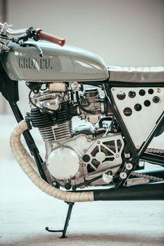 Yamaha XS 400 Custom