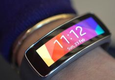 A gorgeous curved display makes this fitness band a beaut, and a persistent heart rate monitor clocks your vitals. via @CNET