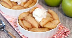 Healthy Scoopable Slow-Cooker Apple Pie Recipe