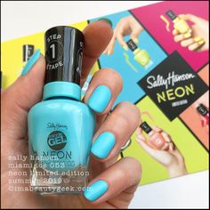 Another neon collection for Summer This one is the Sally Hansen Miracle Gel Neon Collection that should be in-store all over the place as of right, right now. Neon Nail Colors, Neon Nails, Matte Top Coats, When I Grow Up, Sally Hansen, Swatch, Finger, Nail Polish, Nail Art