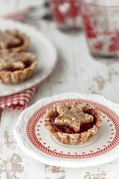 Linzertorte crue - Raw linzertorte, extrait de mon ouvrage Desserts Crus - photo Delphine Paslin