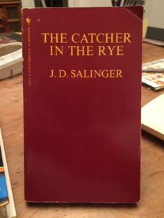 THE CATCHER IN THE RYE by JD Salinger Vintage 1986 Bantam Paperback Edition