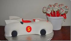 Speed Racer helmet cake pops, ohhhh yea!! A definite for Ian's 6th birthday, coming up soon!!!