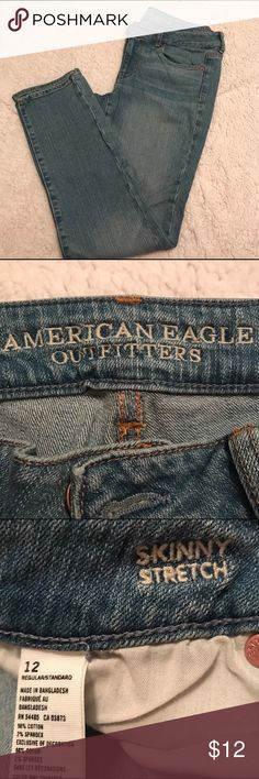 American Eagle Skinny Stretch Jeans Size 12 American Eagle Outfitters Light Wash Skinny Stretch Jean in a Size 12 Regular. Great Condition! American Eagle Outfitters Jeans Skinny