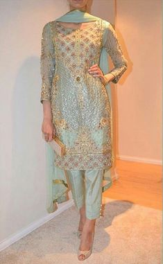 Haute spot for Indian Outfits. We now ship world wide Pakistani Wedding Outfits, Pakistani Dresses, Indian Dresses, Shalwar Kameez Pakistani, Punjabi Dress, Patiala Salwar, Salwar Suits, Indian Attire, Indian Suits
