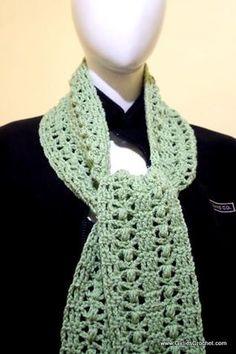Free crochet pattern: Elena Crochet Scarf (with photo tutorial)