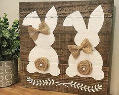 Rustic easter bunny sign easter sign Spring von CoastalCraftyMama