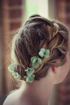 Boho style.. LOVE THIS!!!!!!!!!!!!!! I want to do this with my hair!!!!!!!!!!!!!!!!!!!!!!!!!!!!!!!!!!!!!!!!!