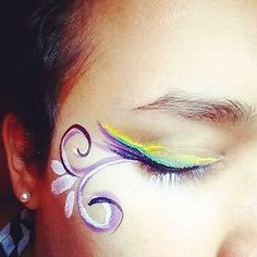 Simple eye design with face paintings Long Island City, Face Paintings, Watercolor Tattoo, Nyc, Simple, Design, Temp Tattoo, New York