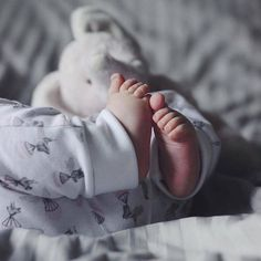Uploaded by ‍princess Rose. Find images and videos about cute, baby and child on We Heart It - the app to get lost in what you love. Cute Babies Photography, Children Photography, Newborn Photography, Cute Baby Pictures, Baby Photos, Little Babies, Baby Kids, Baby Tumblr, Baby Girl Images