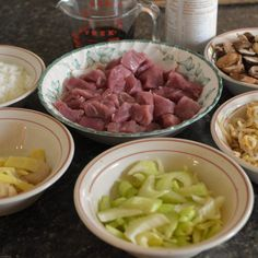 Chop Suey ingredients for our Pork Chop Suey Asian Recipes, New Recipes, Cooking Recipes, Healthy Recipes, Favorite Recipes, Stew Meat Recipes, Pork Chop Recipes, Chop Suey Recipe Chinese, Kitchens