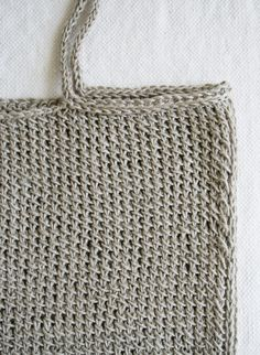Lauras Loop: Knit Tote - The Purl Bee - Knitting Crochet Sewing Embroidery Crafts Patterns and Ideas!