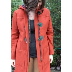 My completed #cascadedufflecoat by @grainlinestudio is finally up on the blog!  I am loving this make :) #sewing #memadewardrobe #maker #grainlinestudio #isew #indiepatterns #indiesewing by helens__closet
