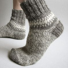 Women fashion boho lace boot cuffs toppers Hand knitted earthy khaki wool knee warmers Leg accessories Friendship birthday cozy gift for her - Winter feet Best Picture For anello antico For Your Taste You are looking for something, and it i - Lace Boot Cuffs, Knitted Boot Cuffs, Knit Boots, Knitting Socks, Hand Knitting, Knitting Patterns, Knitting Ideas, Crochet Slippers, Knit Crochet