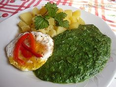 Špenát z kopřiv Palak Paneer, Eggs, Breakfast, Ethnic Recipes, Food, Interesting Recipes, Morning Coffee, Eten, Egg
