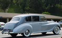 1958 Austin Princess - gray over silver - rvr Mini Trucks, Old Trucks, Vintage Cars, Antique Cars, Austin Cars, Automobile, Anaheim Hills, Old Lorries, Birmingham