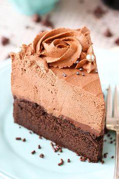 Guinness Mousse de Chocolate Cake - a partir de los libros de cocina simple tortas caseras hermosas!  ¡Tan bueno!
