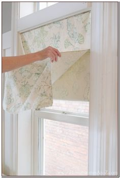Bedroom window dressing roman blinds no sew 44 New ideas - Vorhang Ideen Furniture Design Modern, Faux Blinds, Diy Window Treatments, Faux Roman Shades, Cool House Designs, Bedroom Window Dressing, Roman Blinds, Blinds, Diy Window