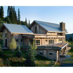 Tag your friend who wants to buy a new house! #architecture #arsitektur #modernarchitecture #arsitekturmodern #modernhouse #rumahmodern