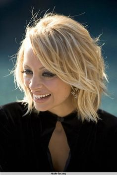 Nicole Richie's wavy bob.  Super cute.