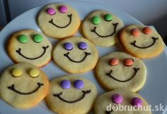 Domáce dobroty pre deti nie len k MDD. Fairy Cakes, Cooking With Kids, Cookies, Birthday, Party, Recipes, Food, Mon Cheri, Smileys
