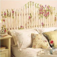 Shabby Chic Inspiration and Ideas love this headboard