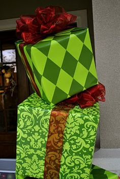 how the grinch stole christmas party decor need to make for outside office doors during christmas open househow to make christmas boxes